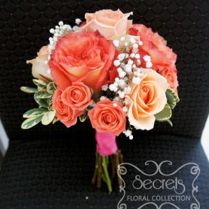 Fresh two-tone peach garden roses (free spirit), peach standard roses and spray roses, and baby's breath toss bouquet, with salmon pink wrap - Toronto Wedding Flowers by Secrets Floral Collection