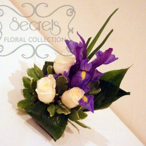 Fresh Cream Roses, Purple Iris, Pittosporum, and Aspidistra Leafs Cake Topper in Large Size