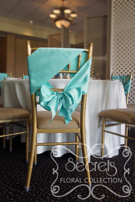 Close up of chiavari chair demonstrating how we have tied